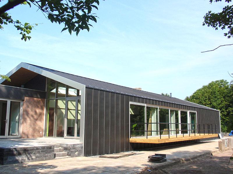 Nieuwbouw en verbouw van sportfaciliteit Clubgebouw in Bergen