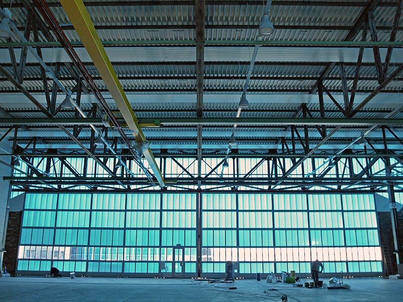 Staalconstructie verbouw en ophogen van het dak van de Hangaar op MVK de Kooy