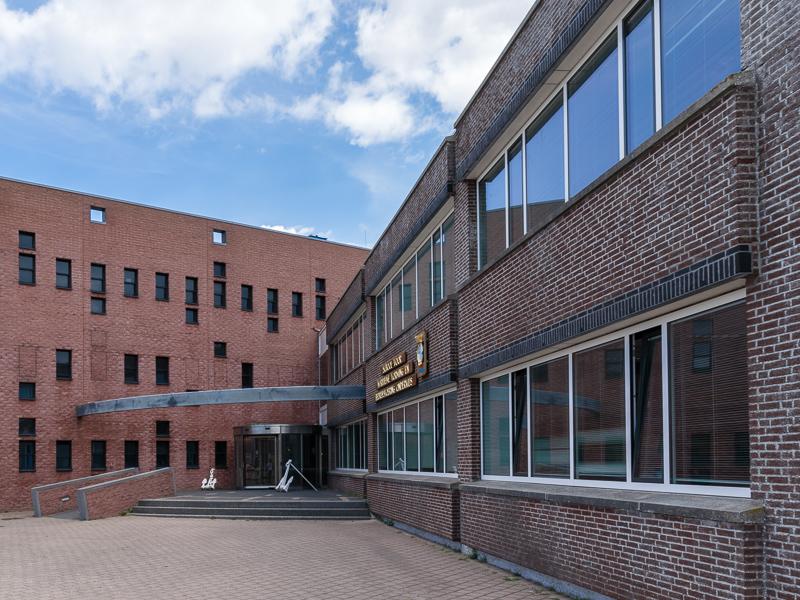 Gevelrenovatie en vervangen kozijnen van gebouw Athene op Fort Erfprins te Den Helder