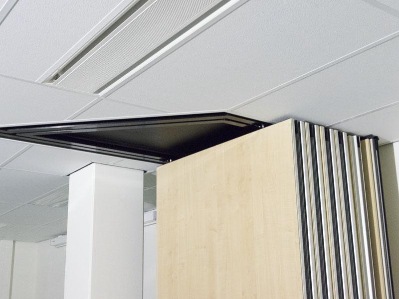 Schuifwand voor de verbouw en herinrichting van de kantoren in gebouw Phoenix